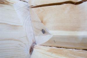 Nøye tilpasset laftetømmer for optimalt resultat. Ål Trelast.